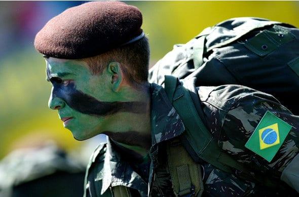 [Image: emprestimo-soldados-engajados.jpg]